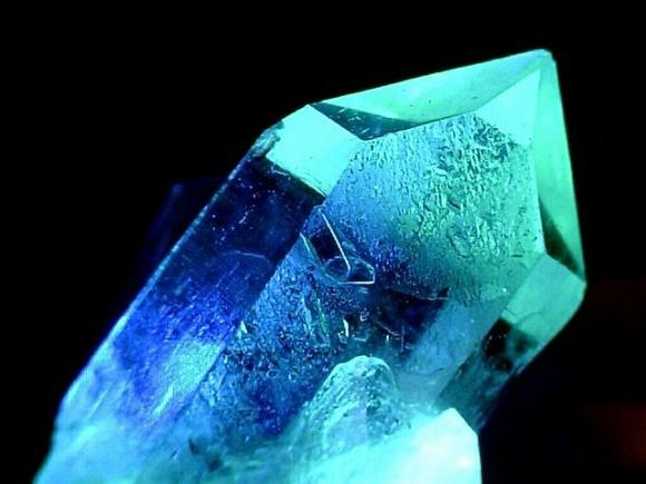 """Breve historia de la cristalografía:  (I) Protociencia, del """"Homo erectus"""" a Linneo"""
